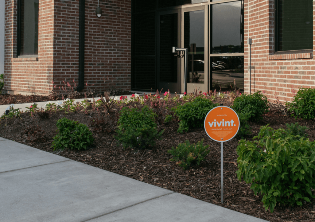 Vivint yard sign outside of a Vivint Smart Home protected apartment complex